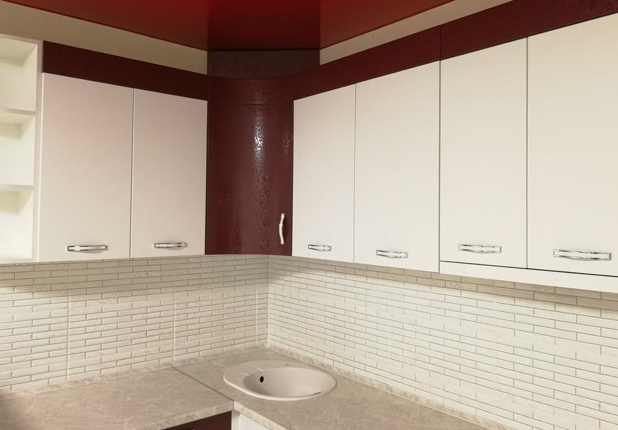 Белый кухонный гарнитур-Кухня МДФ в ПВХ «Модель 52»-фото4