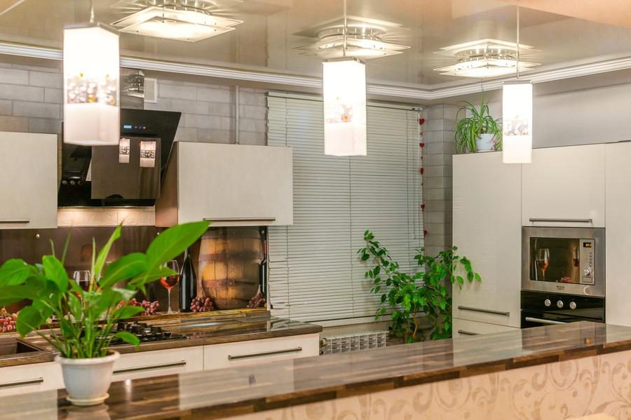 Бежевые кухни-Кухня из пластика «Модель 2»-фото5