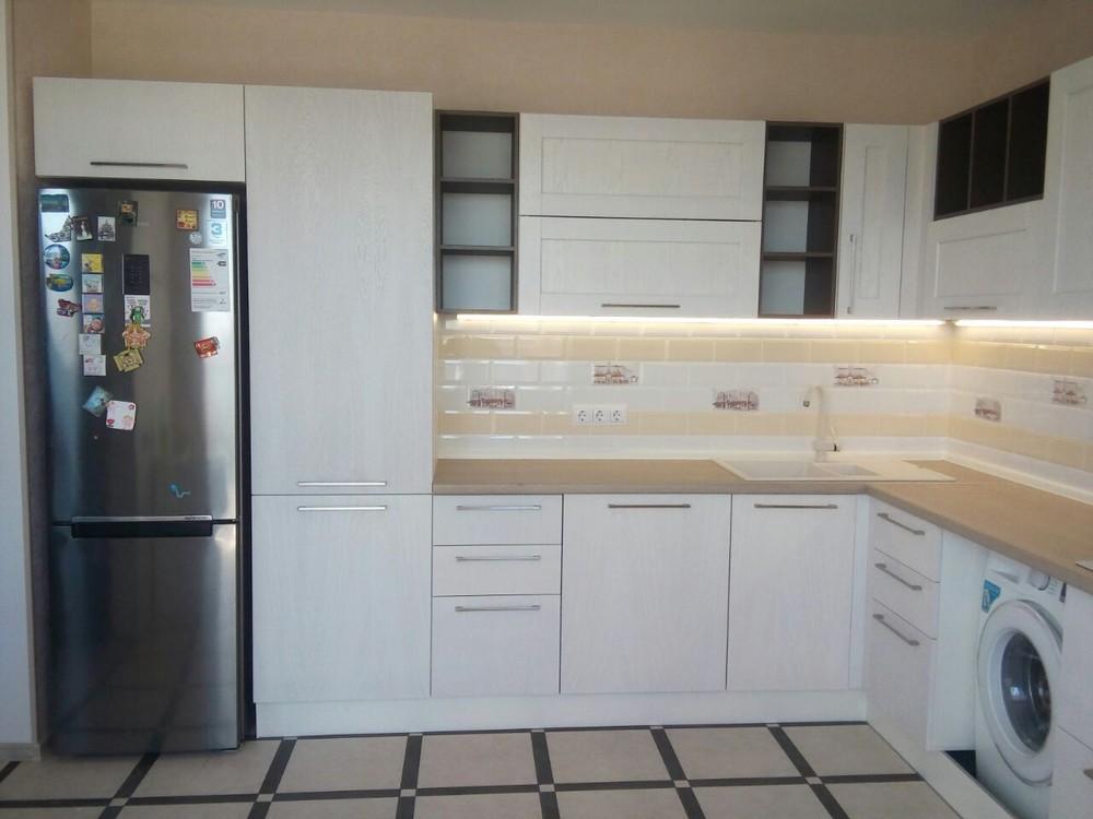 Белый кухонный гарнитур-Кухня МДФ в ПВХ «Модель 342»-фото1