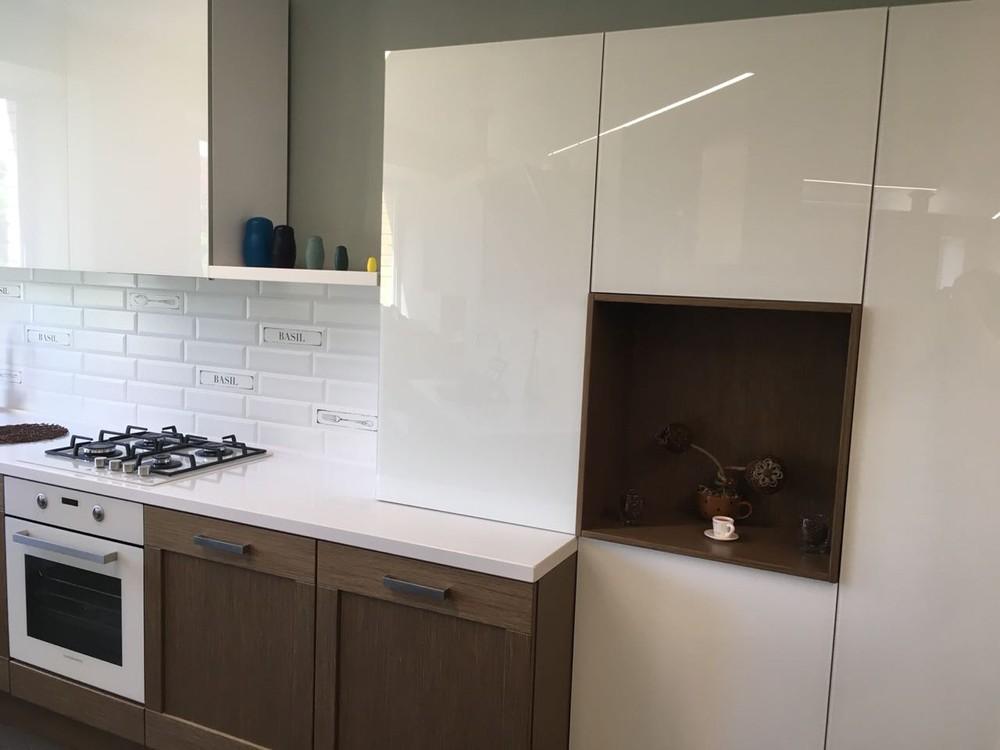 Белый кухонный гарнитур-Кухня из шпона «Модель 350»-фото1