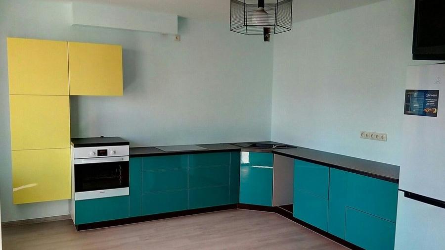 Глянцевые кухни-Кухня из пластика «Модель 370»-фото1