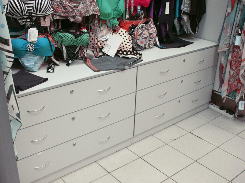 Торговая мебель-Мебель для магазина «Модель 33»-фото5