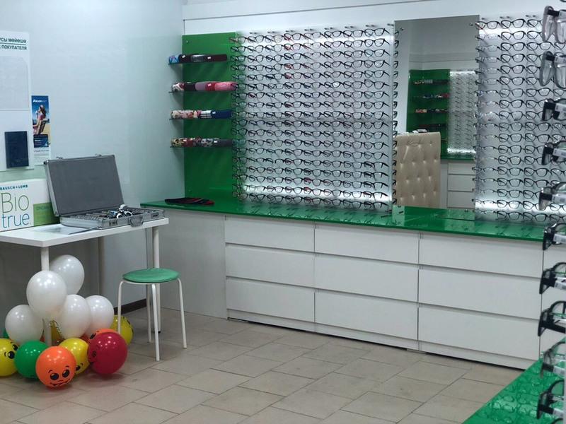 Торговая мебель-Мебель для оптики «Модель 203»-фото1