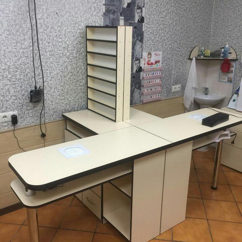 Торговая мебель-Мебель для салона «Модель 88»-фото2
