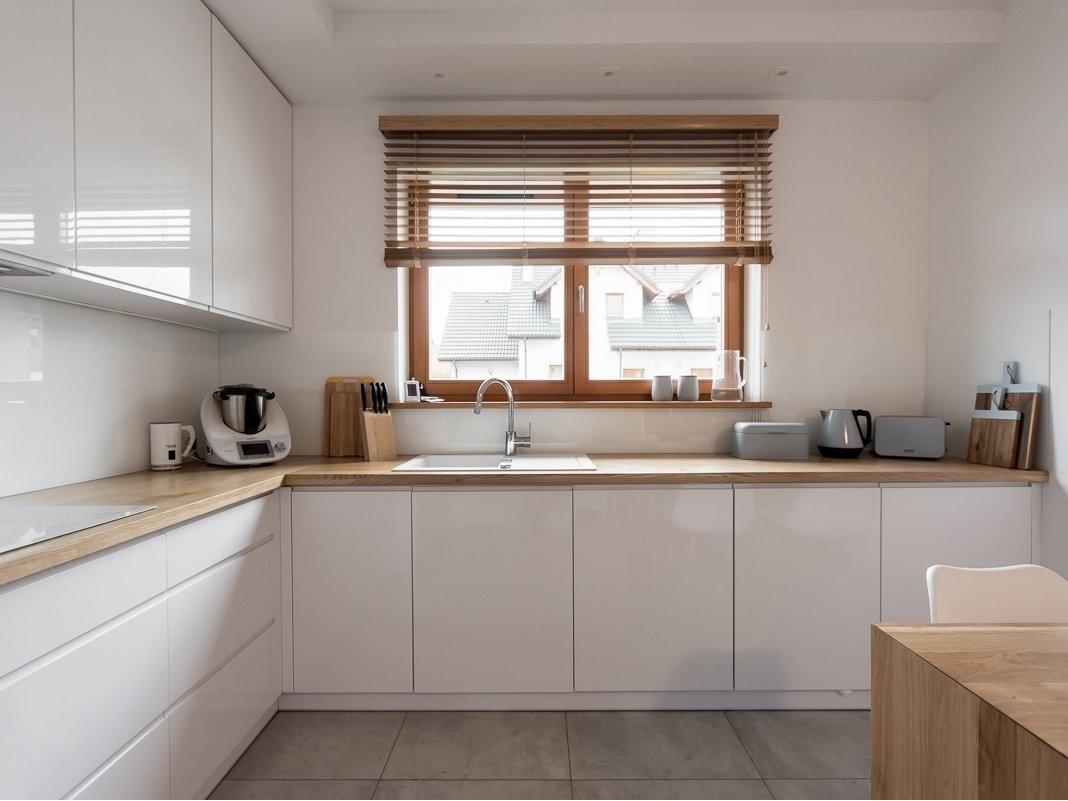 Белый кухонный гарнитур-Кухня МДФ в эмали «Модель 609»-фото3