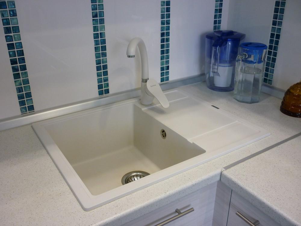 Белый кухонный гарнитур-Кухня МДФ в ПВХ «Модель 180»-фото7