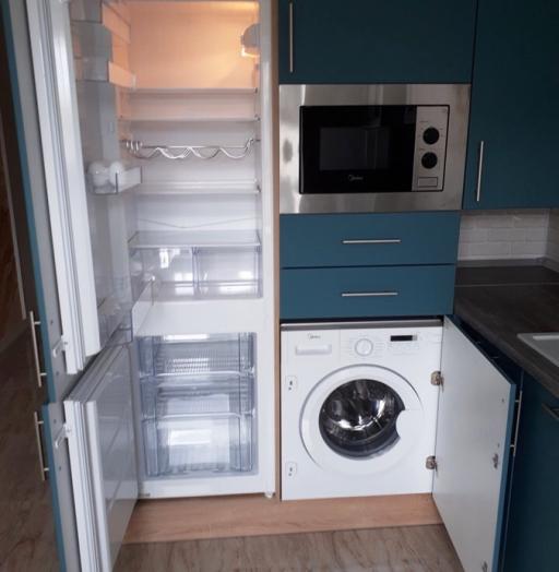 Белый кухонный гарнитур-Кухня из пластика «Модель 375»-фото7
